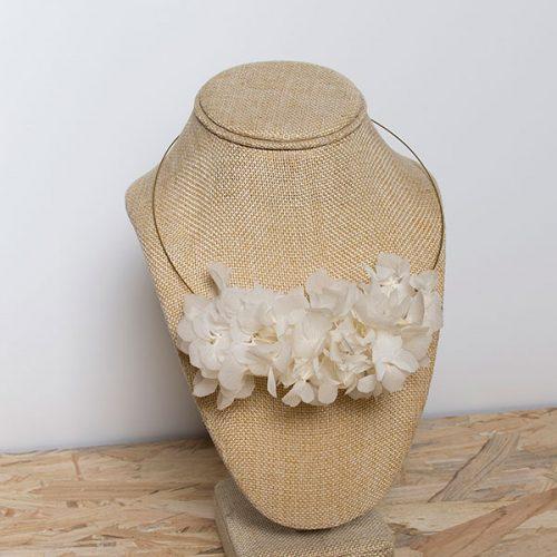 collar summer hortensias preservadas