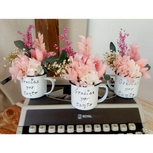 mini taza con flores