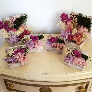 mini baul de flores preservadas