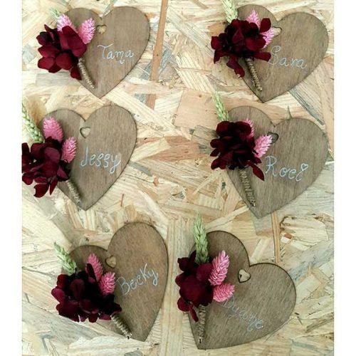 corazón de imán con flores
