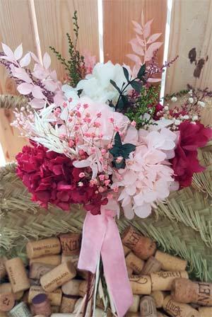 ramo de flores preservadas colorido
