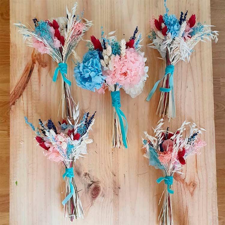 réplica de ramo de novia con flores preservadas