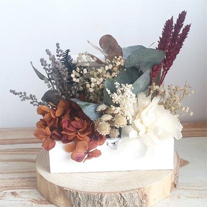 baúl decorativo de flores preservadas