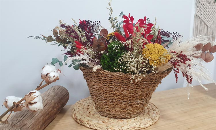 decoración de navidad 2019 cesto de flores preservadas