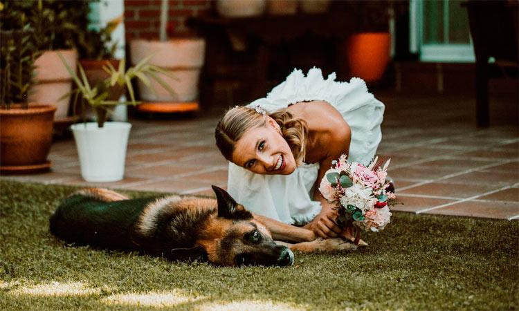 posado de novia el día de su boda