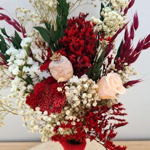 detalle ramillete dalmar de flores preservadas