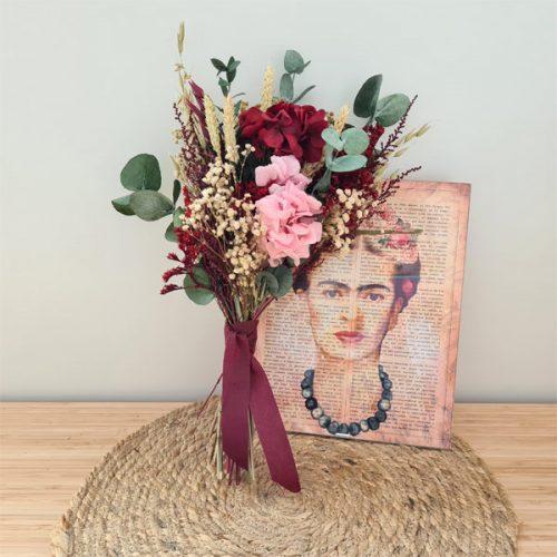 ramillete kahlo de flores preservadas