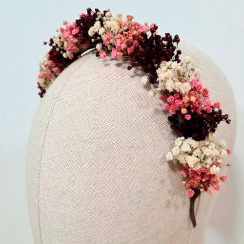 diadema de flores preservadas complemento de novia