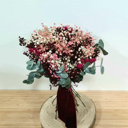 ramo bouquet de novia con flores preservadas