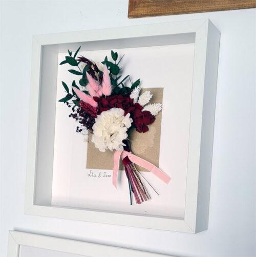 ramo de flores en cuadro
