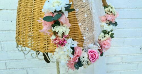 hoop bouquet con flores preservadas para novias
